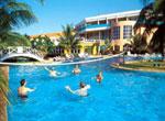 Hotel Brisas del Caribe. Piscina.
